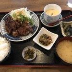 三福食堂 - 料理写真:サガリステーキ定食=680円 税別
