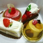 11412906 - 購入ケーキ