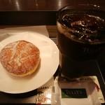 タリーズコーヒー - マラサダ、アイスコーヒー