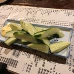 焼鳥 弁慶 - キューリ