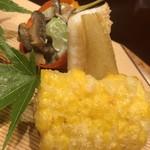 味享 - 奥から干し椎茸と白瓜の和え物、笹鰈、甘々娘の衣揚げ