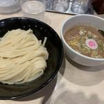 anda-guraundora-menganja - 濃厚つけ麺850円
