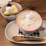 ことり食堂 - ウィンナーコーヒーとデザート