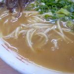 ラーメンマン - 麺とスープ