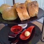 ピエールの麦餅 - ☆焼きたてパン☆