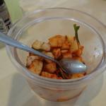 台湾料理 百味鮮 - サービスのカクテキ