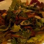 114189137 - キノコとハーブのサラダ