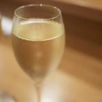 ル ピニョン - スパークリング(グラス)