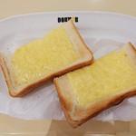 114193598 - チーズトースト 250円