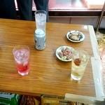 肉のまえかわ - 肉のまえかわ@大井町 レモンサワー、赤じそワリ、ウメワリ、スーパードライ、和牛 タタキ、チャーシュー