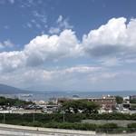 114205086 - サービスエリアの展望台から琵琶湖が見える