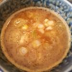 麺屋 わおん - 魚介とんこつ特製つけ麺のつけ汁