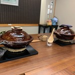 柚木元 - 左が鮎ご飯、右が鰻丼用