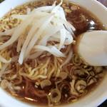 喜多八菜館 - 料理写真:半らーめん