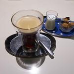 マザーエスタ - ドリンク写真:食後のコーヒーと・・
