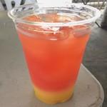 アメリカンバーベキューハウス ブルーテーブル - カシスオレンジ