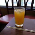 万定フルーツパーラー - ドリンク写真:オレンヂジュース