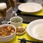 陳建一 麻婆豆腐店 - 麻婆豆腐セットとグラスビール