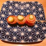 博多焼き鳥・野菜巻き・もつ鍋 かつぎや - アスパラベーコン巻き 300円
