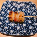 博多焼き鳥・野菜巻き・もつ鍋 かつぎや - 紫蘇巻き 250円
