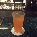 神戸ロバアタ商會 - フレッシュオレンジのカクテル