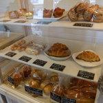 レ プティ カレ - こういうパン屋は好き。