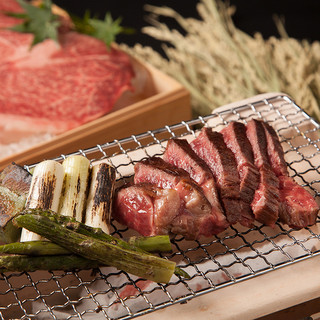 夢咲牛ローストビーフ・ステーキ等【豊富な肉料理】
