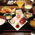 味叶 - 料理写真:カキフライとお刺身御膳