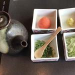 木曽路 - ポン酢、薬味4種(もみじおろし・ニンニク・ニラ・ネギ)