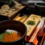 鬼剣舞 - 料理写真:十割蕎麦とミニ丼セット(¥1080税抜き)
