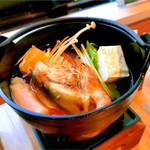 鳴門グランドホテル - 鯛の出汁で頂く小鍋