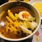 スープカリー専門店 元祖 札幌ドミニカ - 黄×チキン×5辛