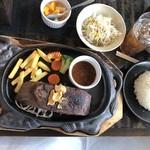 肉御殿 - 2019年8月17日  極厚牛タンステーキセット 1,278円