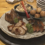 幸福亭 肉と魚と燻製のバル - 燻製盛り合わせ