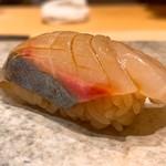 鮨 由う - 高知県産のシマアジ
