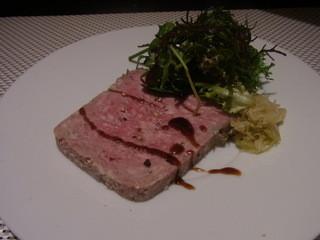 ビストラン エレネスク - オードブル/バスク豚の肉の食感、パテ・ド・カンパーニュ