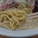 暘谷亭 - ・少し細め、少し硬めの麺