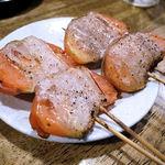 やまちゃん - 肉巻きトマト焼き(1本 180円)
