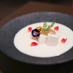 kitchen俊貴 - 2019年8月再訪:白桃の冷製スープ☆