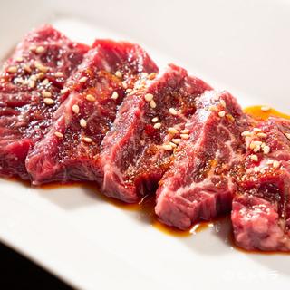 新鮮な肉を厳選。「飛騨牛」や国産の和牛肉を堪能する