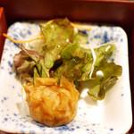 鯛めし魚然 - 宇和島鯛めし膳(¥980)の揚げシューマイ