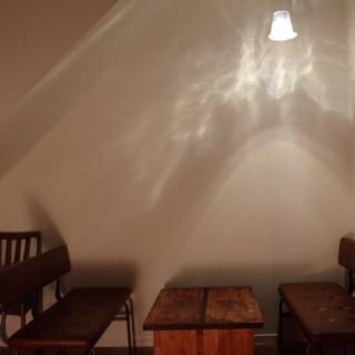 気軽にふらっと立ち寄れる、夜のカフェへようこそ。