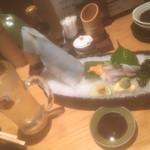 天ぷら海鮮 五福 - お醤油は2種類ありました!