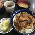 谷椿 - 料理写真:牛めし:450円