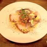 フレンチビストロ Tchin-Tchin GORO - 日替り鮮魚のカルパッチョ(590円)