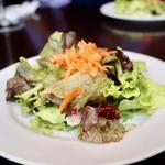 バル デ エスパーニャ ムイ - 季節野菜のミックスサラダ