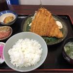 市場食堂 せん政水産 - 料理写真: