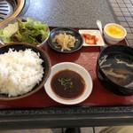清花園 - 焼肉6種盛り定食の定食セット