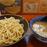 ジギー - 料理写真:濃厚魚介豚骨  つけ麺