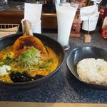 Spice&mill - じっちゃんの百年味噌カレー & ラッシー
